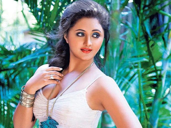 Rashmi-Desai-sexy
