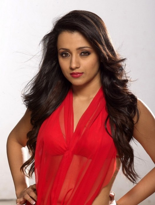Trisha-Hot-Wallpaper-in-Red-Short-dress-1-773x1024