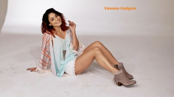 vanessa-hudgens-2015-wallpaper-4