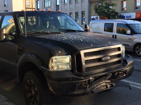 モントリオール、事故、ピックアップトラック