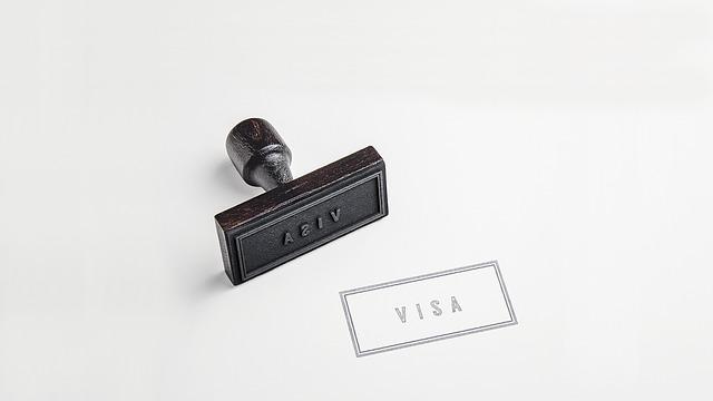 カナダ旅行に観光ビザは必要?電子渡航認証(eTA)申請方法