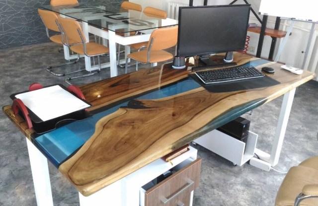 офисный стол лофт из эпоксидной смолы