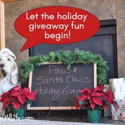 Let The Big Paws & Santa Claws Holiday Giveaway Begin!