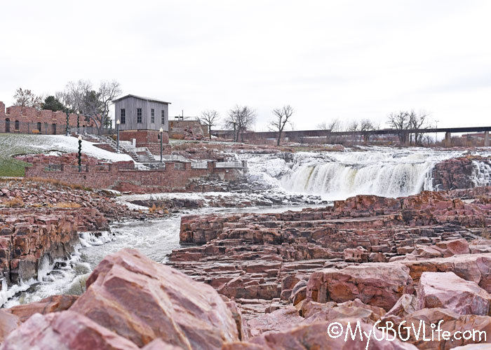 My GBGV Life Falls Park In Sioux Falls, South Dakota - Nature Friday