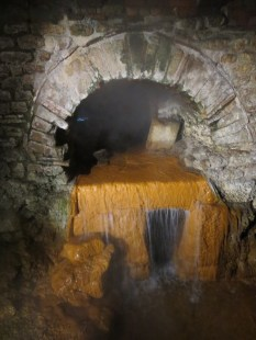 Natural hot spring water flowing through the pipes