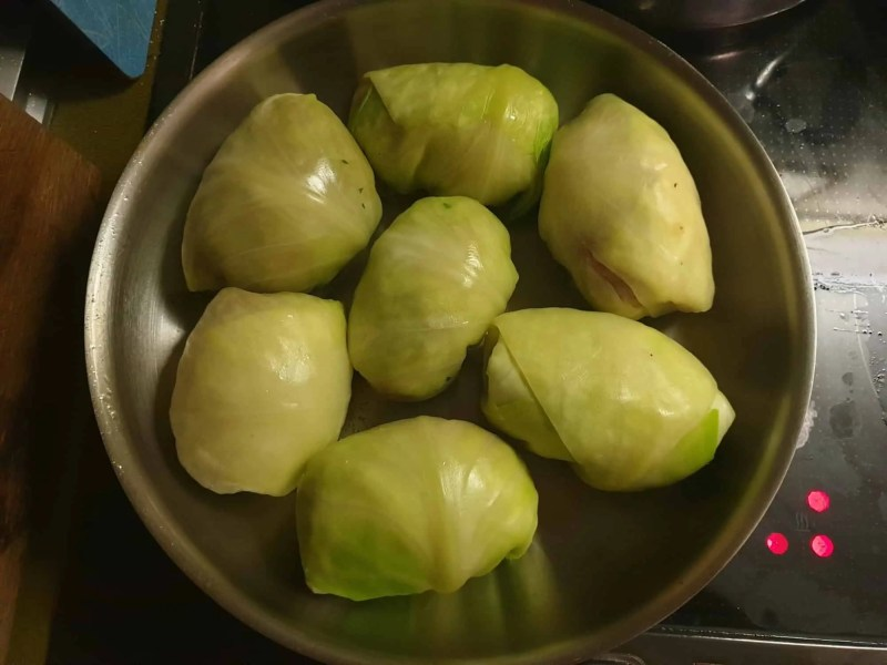 Searing the cabbage rolls