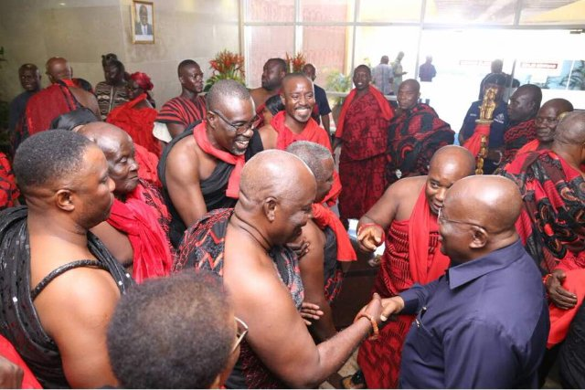 President Akufo consoles family of the late James Town Chief