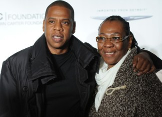 VIDEO: Jay-Z cried tears of joy when his mothers disclosed she's gay