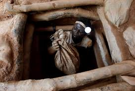 Five Gold Panners Still Trapped Underground