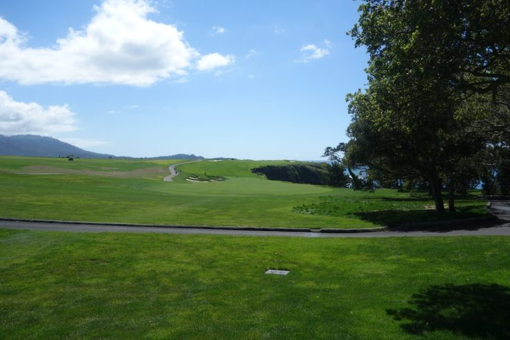 6th hole - par 5, 462m at Pebble Beach golf links