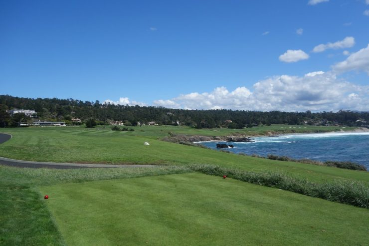 8th hole, par 4, 390m at Pebble Beach golf links