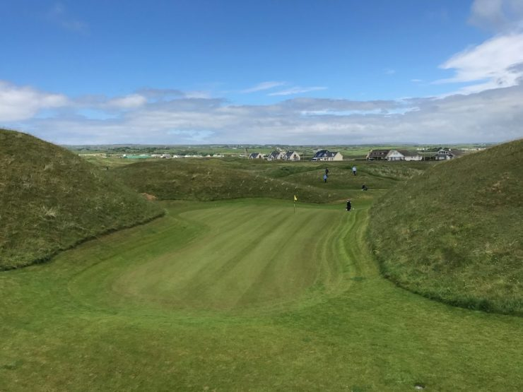 lahinch golf club view of green at hole 5