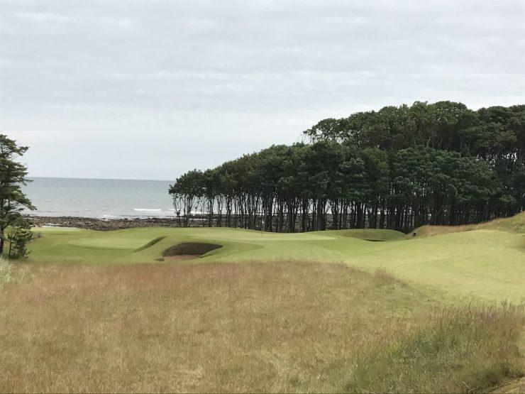hole 8 at kingbarns golf links
