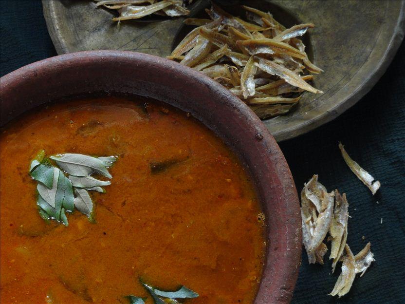 Nethili-Anchovies Gravy