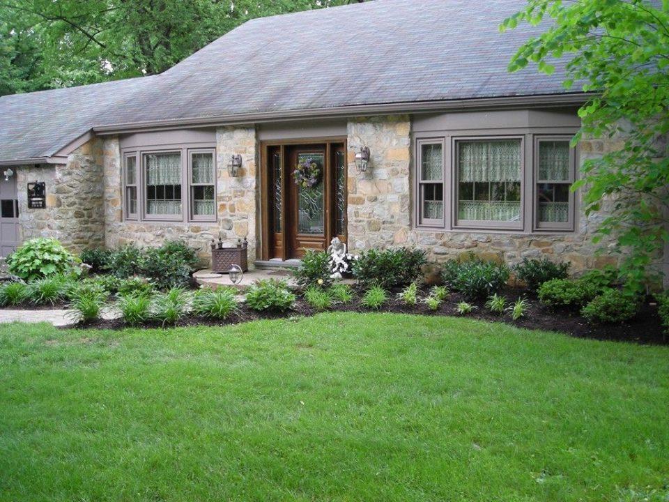 The-proper-fertilizing-schedule-for-your-lawns-3