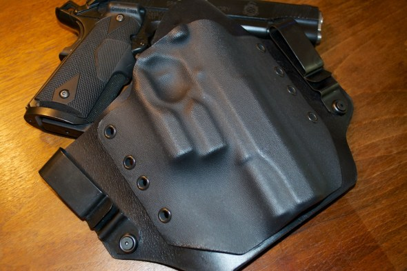 Why look at that! It's a custom holster that's Lightguard ready!