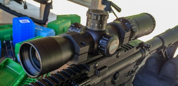 You won't see a lot of Zombie features on this Weaver Kaspa-Z, but you will get a great deal on a general purpose AR optic.