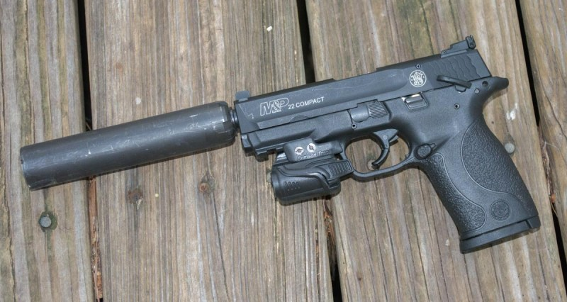 This is my pick for the perfect Kit Gun 2.0 - the Smith & Wesson M&P 22 Compact.