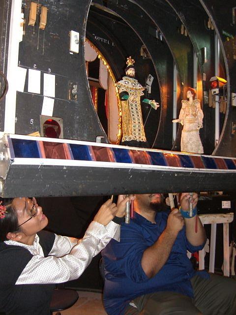 November 2011 Marionettes Opera in Focus