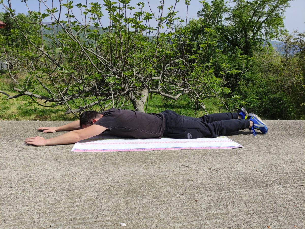 Superman exercise starting position