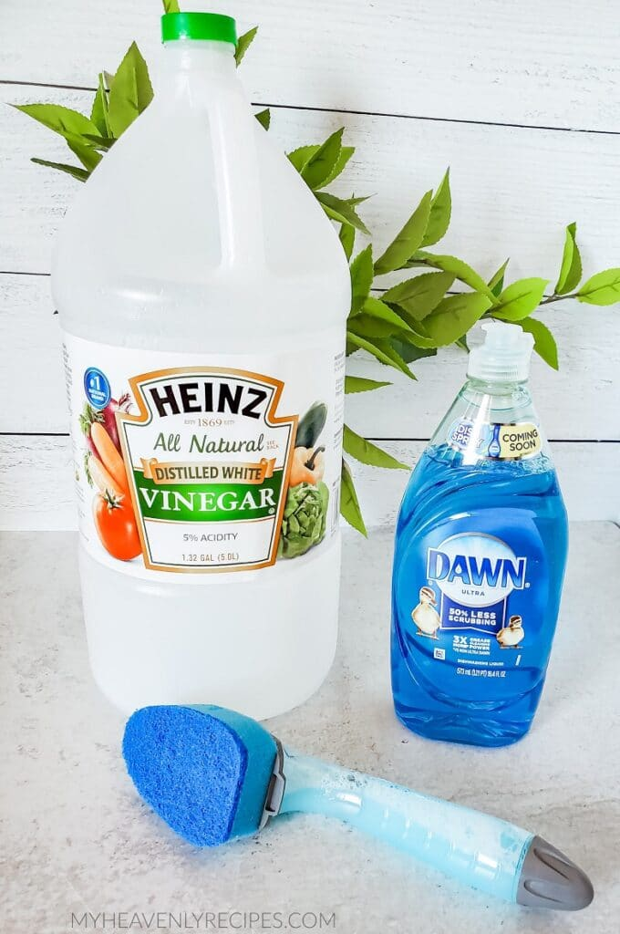 best homemade shower cleaner to make it