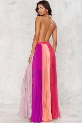 http://www.nastygal.com/clothes/nasty-gal-the-rainbows-end-maxi-skirt?utm_source=linkshare&utm_medium=affiliate&utm_campaign=Hy3bqNL2jtQ&utm_content=Hy3bqNL2jtQ&utm_term=10&siteID=Hy3bqNL2jtQ-.lc2rJm2a_USDiCi1lRDfg