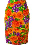http://www.farfetch.com/uk/shopping/women/Givenchy-Vintage-floral-print-pencil-skirt-item-11535714.aspx?utm_source=Hy3bqNL2jtQ&utm_medium=affiliate&utm_campaign=Linkshareuk&utm_content=10&utm_term=UKNetwork