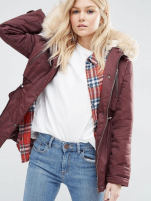 http://www.asos.com/it/asos-petite/asos-petite-ultimate-parka/prd/6380397?iid=6380397&clr=Mora&cid=13504&pgesize=36&pge=0&totalstyles=2716&gridsize=4&gridrow=9&gridcolumn=3