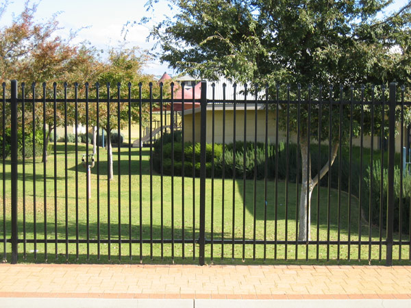 steel-security-fencing