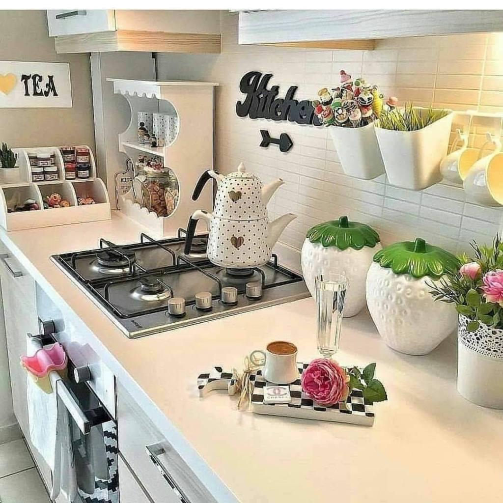 kitchen with kitchen word boldened