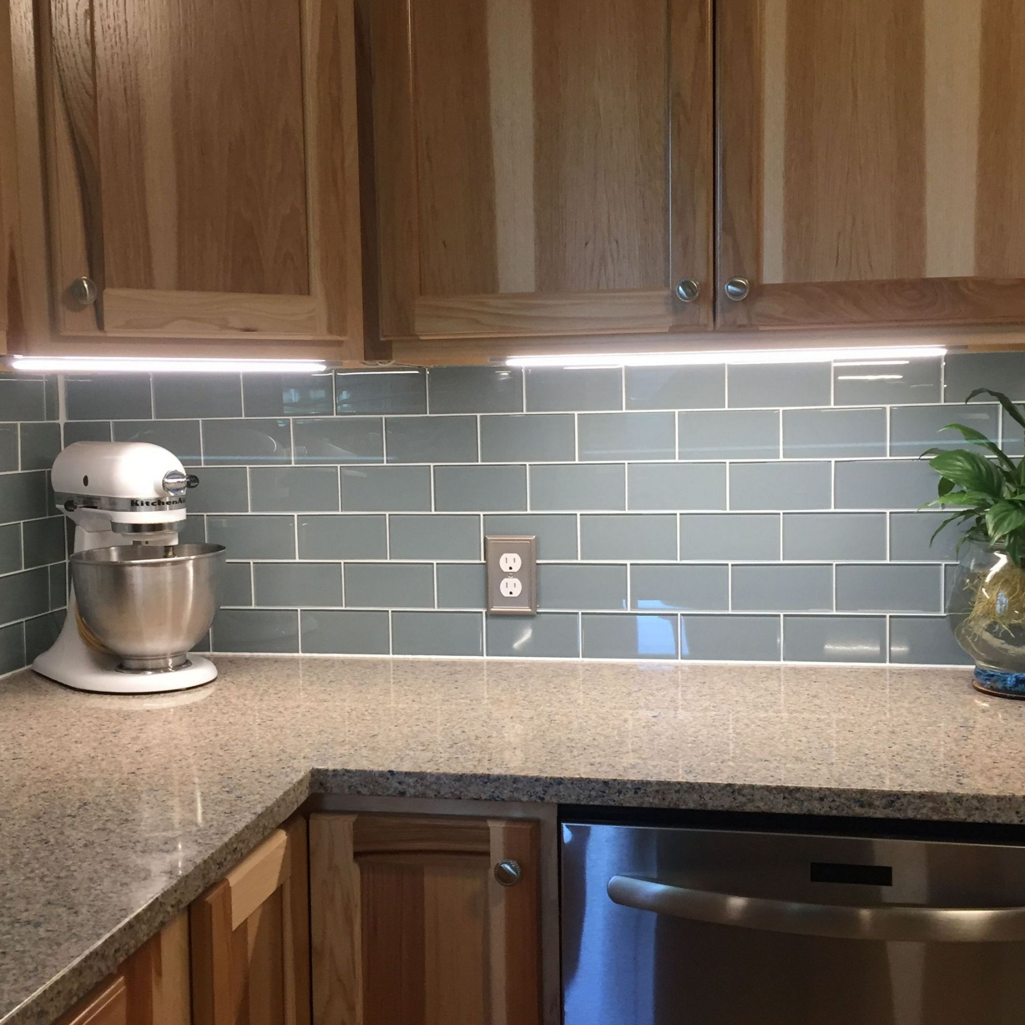 +4 Kitchen Lighting Under Cabinet and Subway Tiles ...