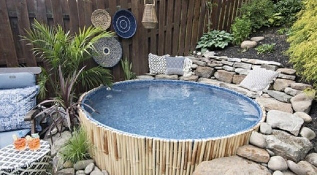 √ New Stock Tank Pool in Slanted Yard