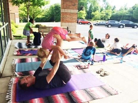 HTB 0816 family yoga