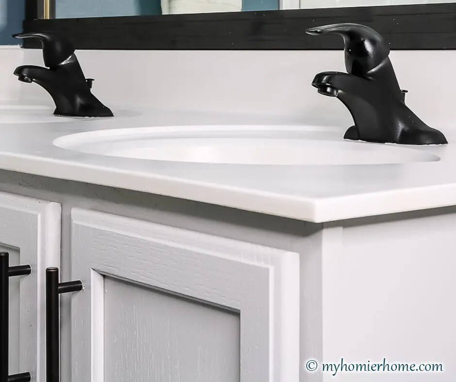 how to spray paint the bathroom faucet