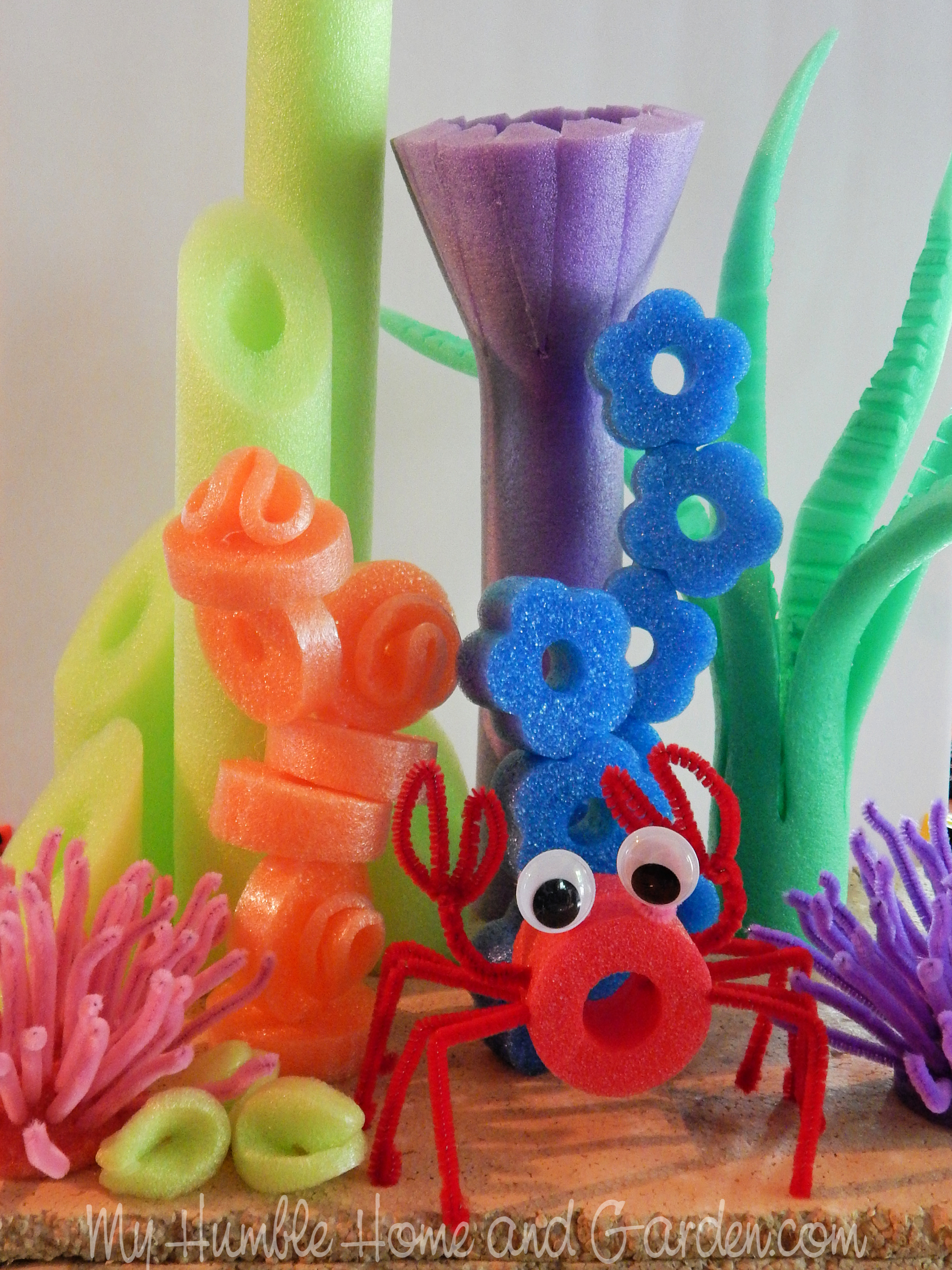 Cheap Pool Noodles Can Make An Awesome Tablescape My Humble Home And Garden