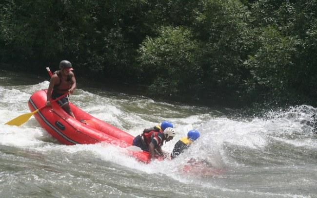 """Ganges, el río divino ideal para hacer rafting"""