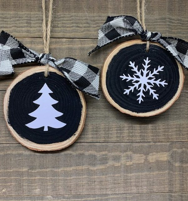 Wood Slice Ornaments:  Painted with Vinyl