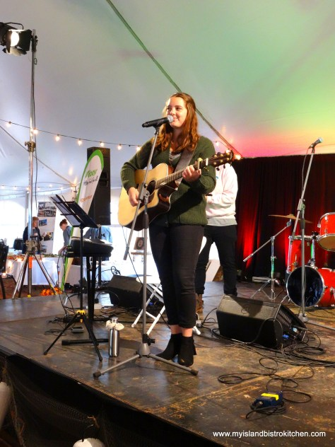 "Olivia Blacquiere Performing at ""Taste of North Rustico"" PEI Fall Flavours 2017 Event"
