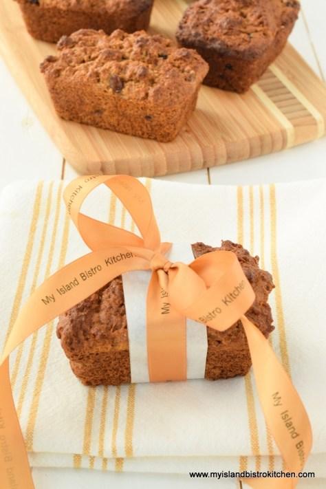 Gluten-free Pumpkin-Mincemeat Mini Loaves
