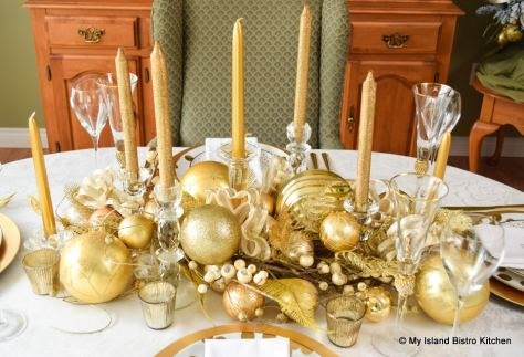 Gold Plated Christmas Tablesetting