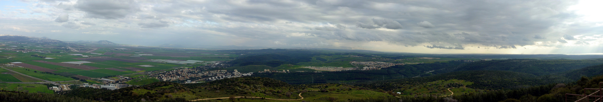 Panoramic view from Muchraka