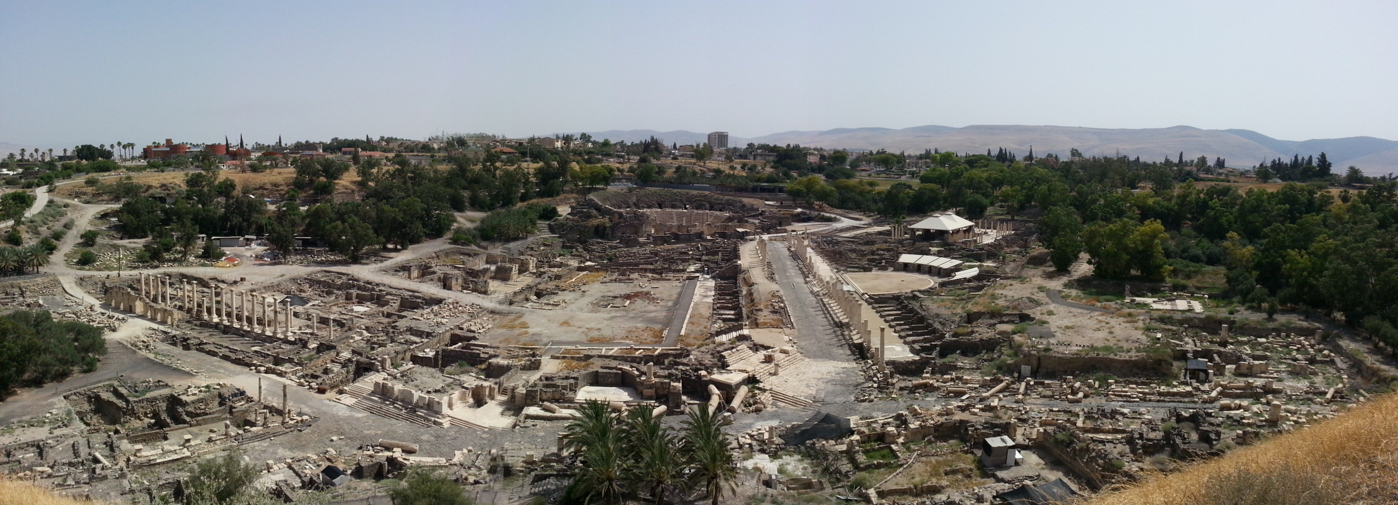 View over the ruins of Beit Shean (Scythopolis)