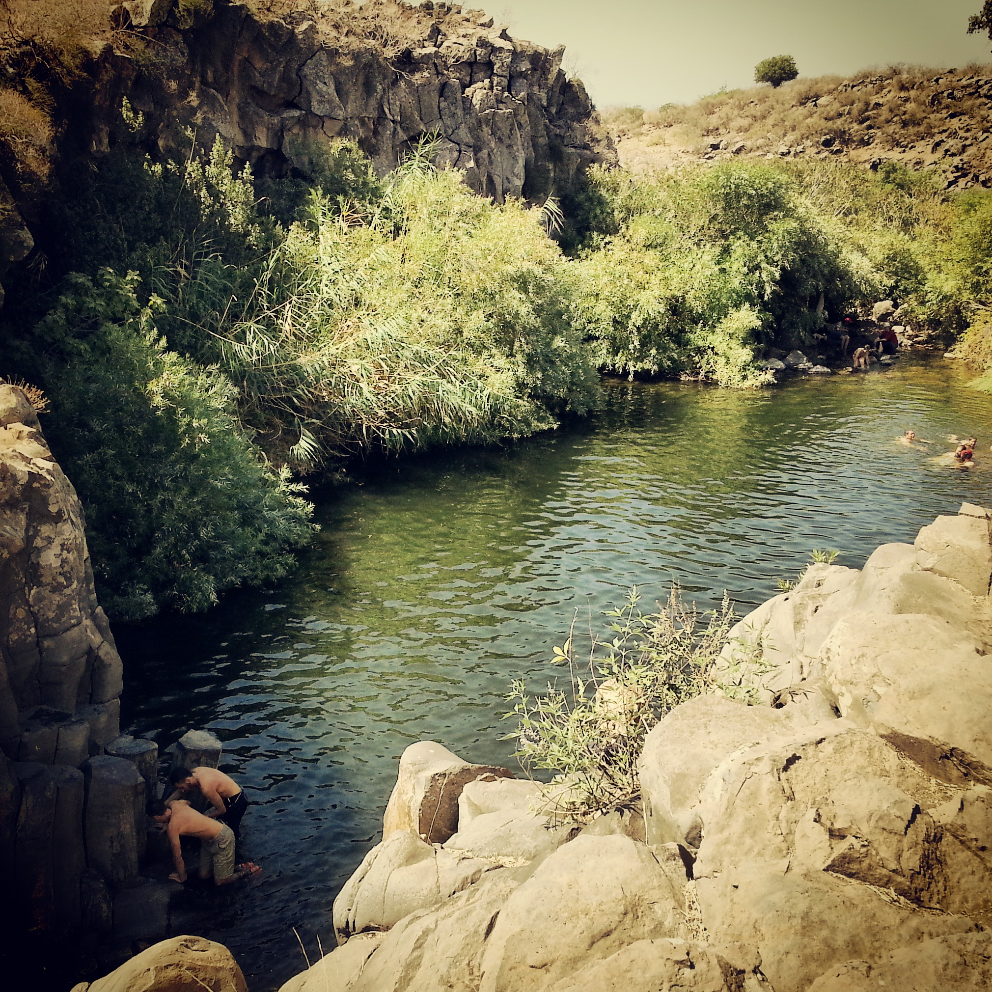 Bathing in the Zavitan Hexagon Pools