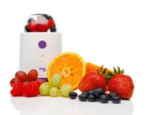 Itsy-Blitz-full-of-fruit-for-blending-a-nutritious-meal