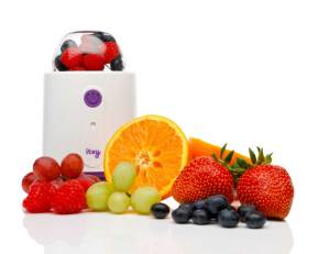 Itsy-Blitz-full-of-fruit-for-blending-a-nutritious-meal