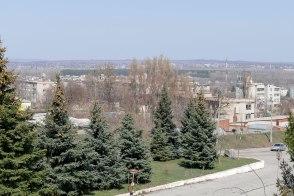 Вид на сквер памяти чернобыльской трагедии