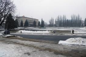 Горисполком Изюма, Центральная площадь, главная елка города