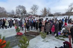 На Крещение в Изюме 19 января 2017 года