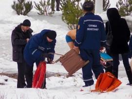 Под контролем спасателей и парамедиков
