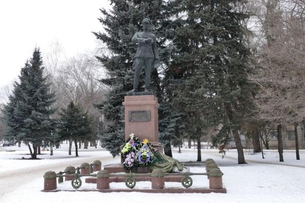 Памятник генералу Волоху П.В.